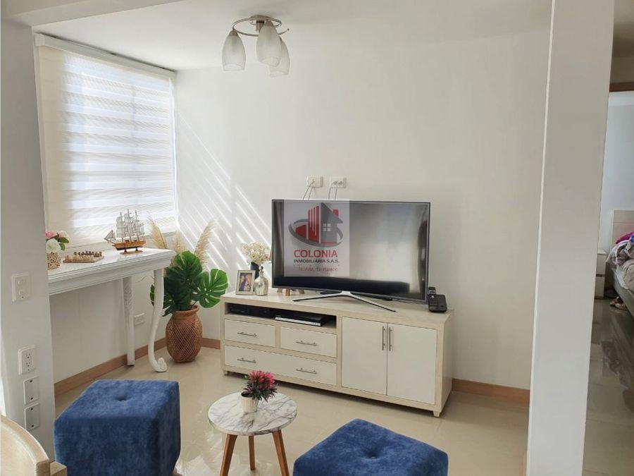 se vende hermoso apartamento sabaneta