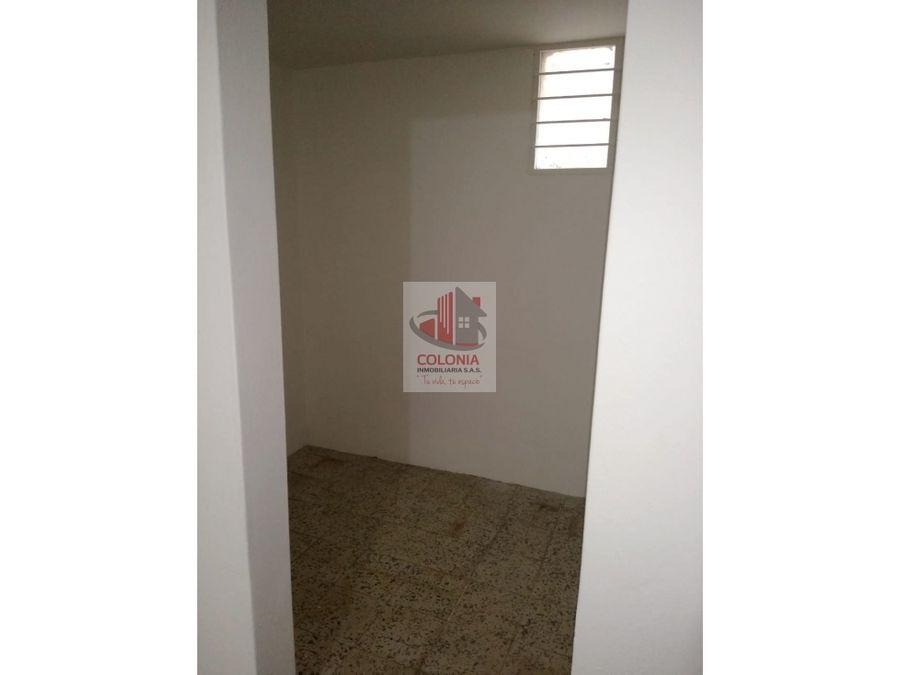 se vende casa en manrique salle