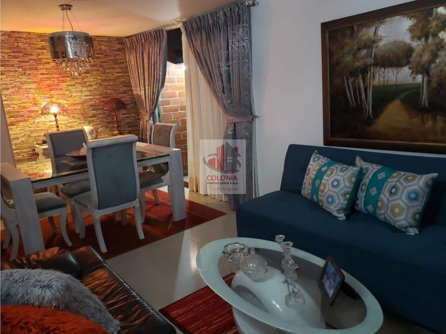 hermoso y amplio apartamento duplex en el poblado