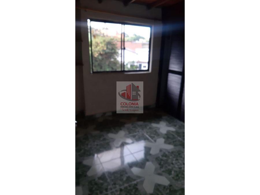 se vende duplex en robledo palenque
