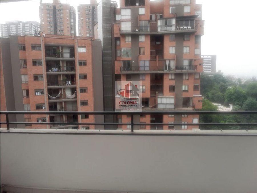 se arrienda apartamento en castropol