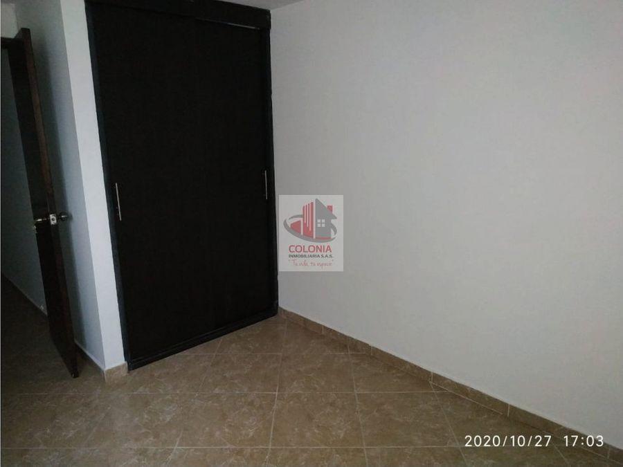 se arrienda apartamento en el centro