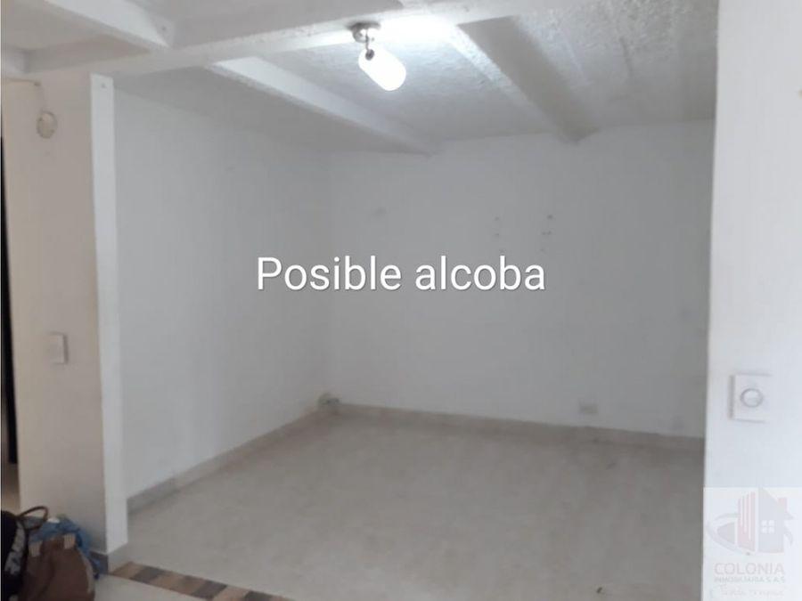se vende casa en robledo
