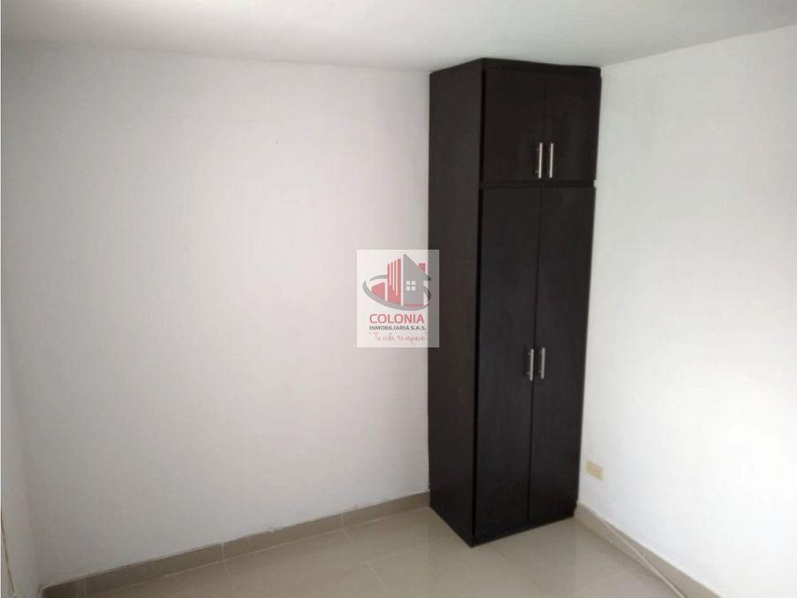 se vende apartamento en la milagrosa