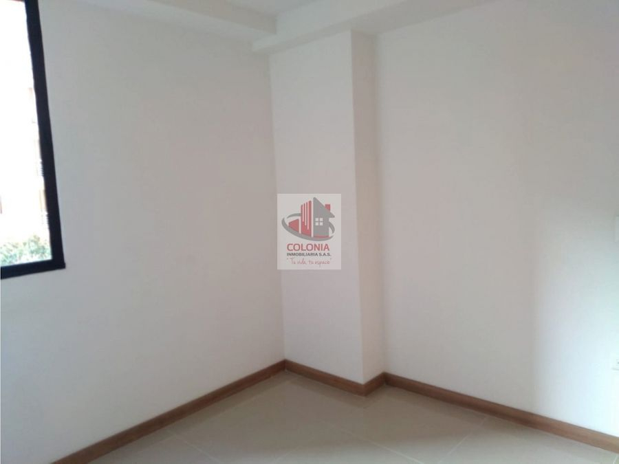 se arrienda apartamento en pilarica