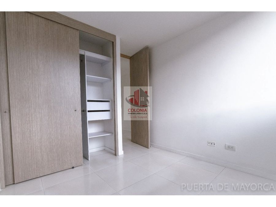 se vende apartamento en sabaneta mayorca