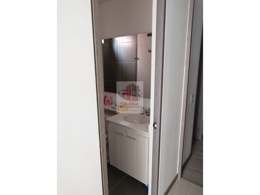 se vende apartamento en robledo san german