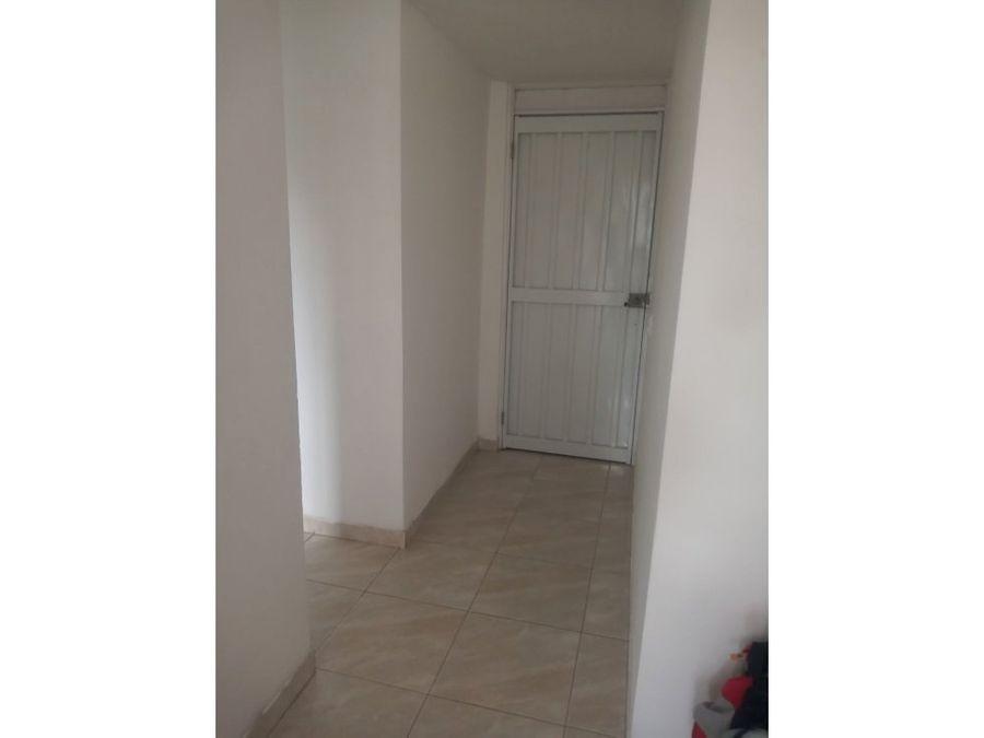 se vende apartamento en robledo parte alta