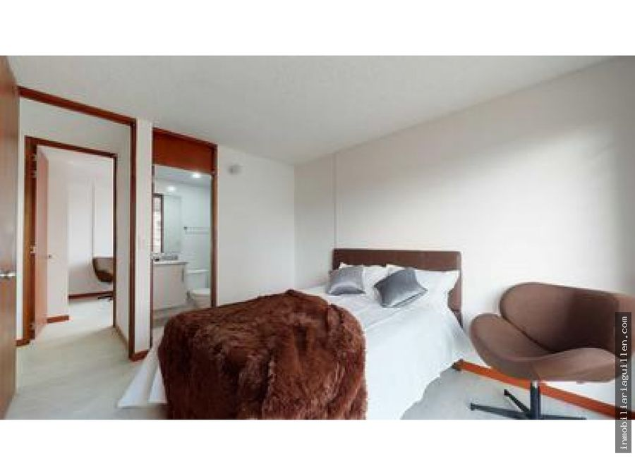 se vende apartamento en bosques de britalia suba