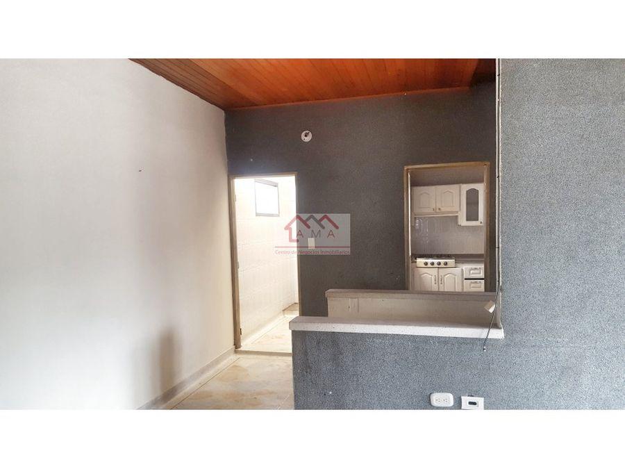 venta casa con locales sector pinares armenia