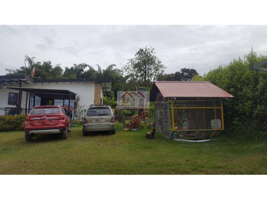 ventapermuta lote con 4 casas campestres en el quindio