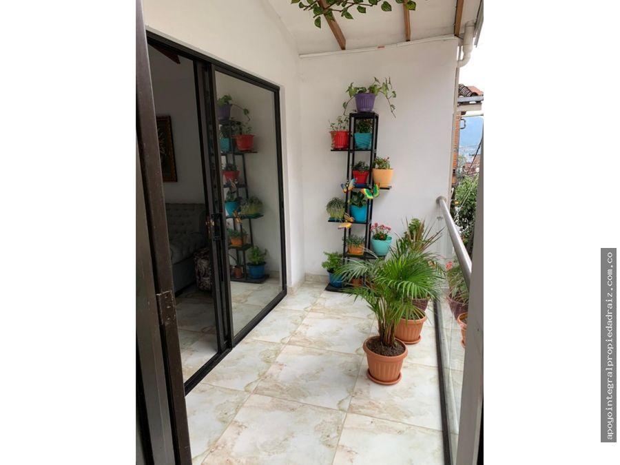 venta de casa con local rentando sector manrique san blas