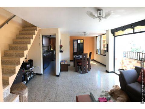 vencambio apartamento duplex sector belen rosales