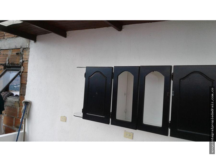 venta de casa sector manrique las esmeraldas