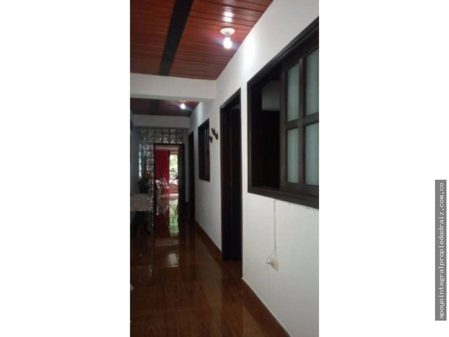 venta de casa duplex sector manrique central