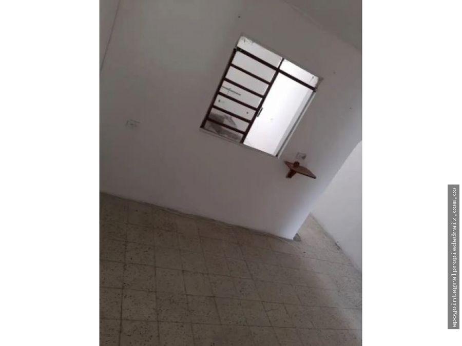 venta de casa con terraza sector girardot