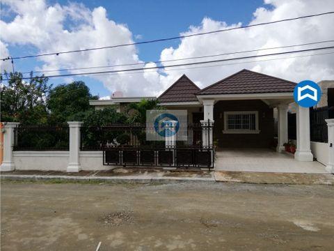 casa en venta en sector el mirador jarabacoa