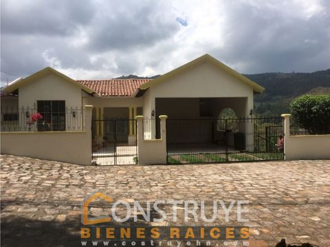 venta de casa en residecial santa lucia