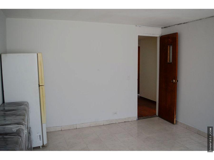 para venta edificio 737 m2 barrio venecia ja