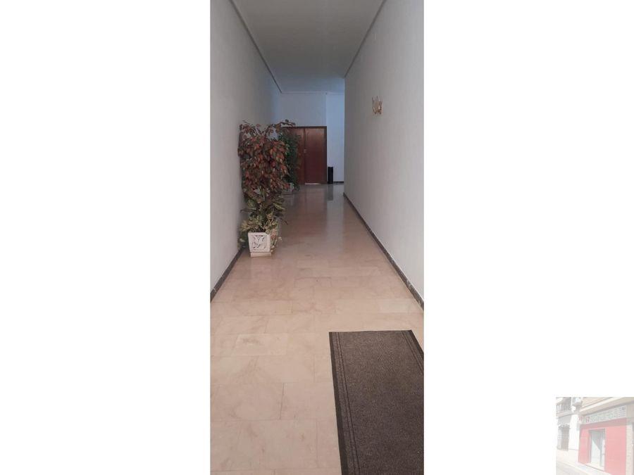 se vende piso en zona escorial