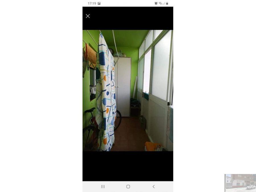 se vende piso en villarrobledo en calle jardin