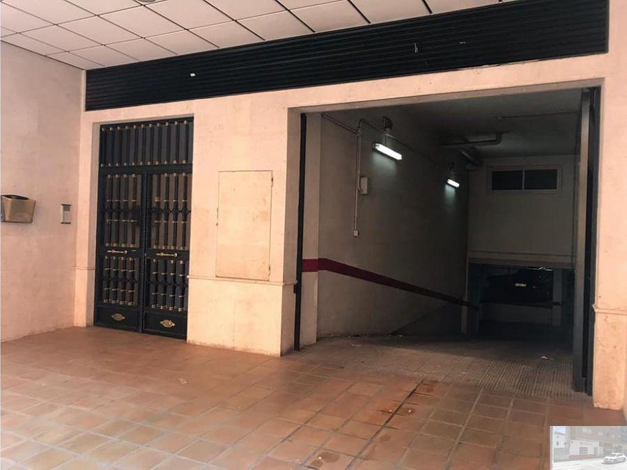 se vende piso en pleno centro villarrobledo