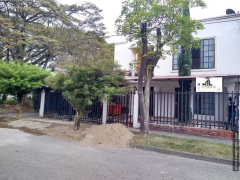 venta casa con apartaestudios en vipasa cp