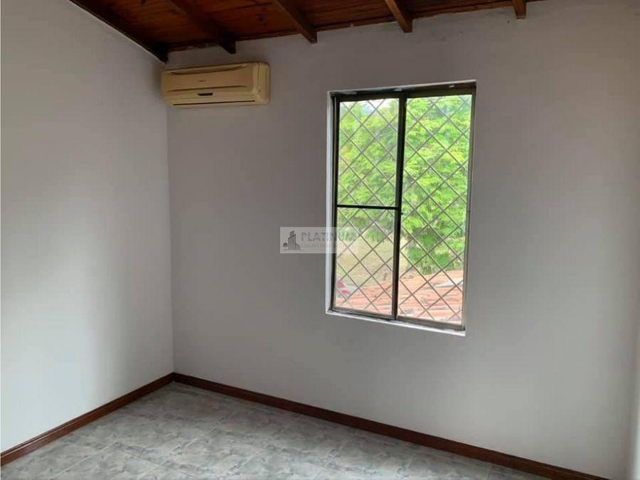 casa en venta en condominio en la flora cali