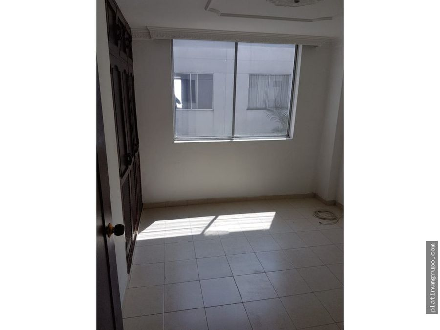 apartamento en venta en edificio en ciudad capri cali yg