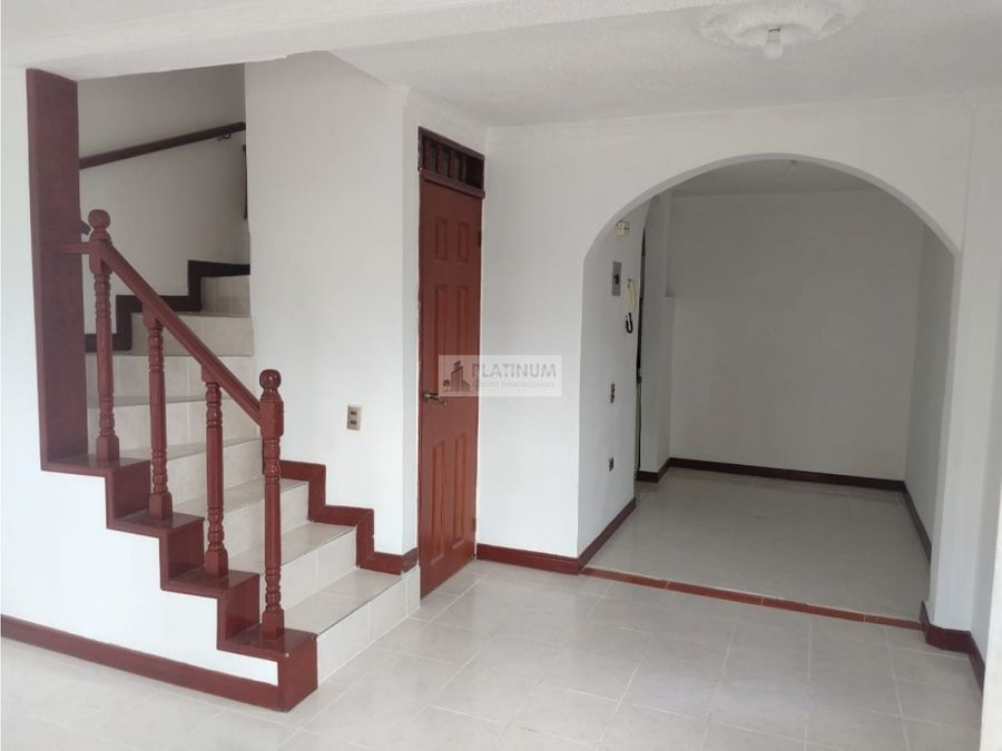 casa en venta en condominio en caney cali yg