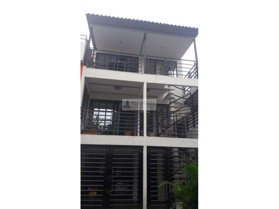 casa trifamiliar en venta en alameda del rio cali en