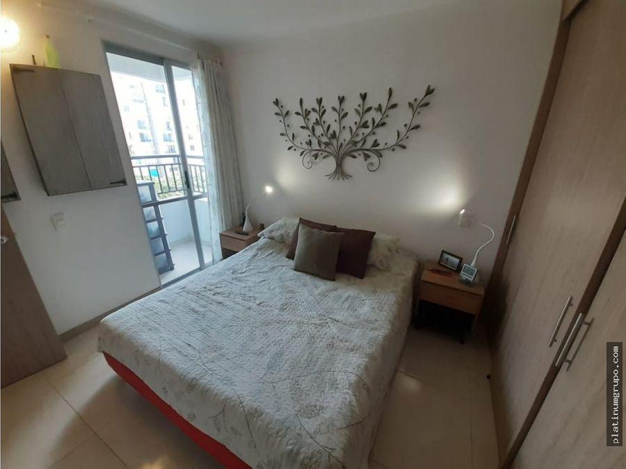 apartamento en venta en condominio en prados del norte cali da