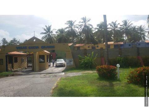 exclusivo townhouse de 60 m2 en el estado falcon