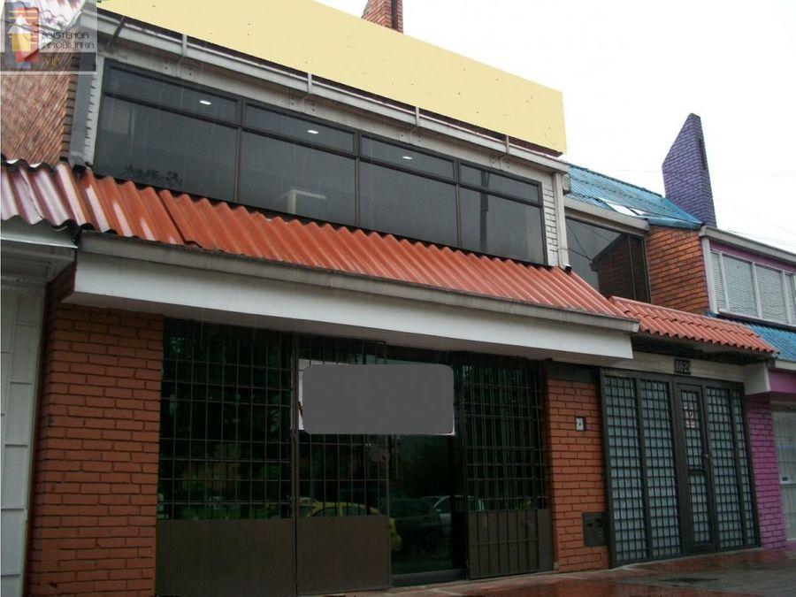 venta de casa comercial av ciudad de quito nqs