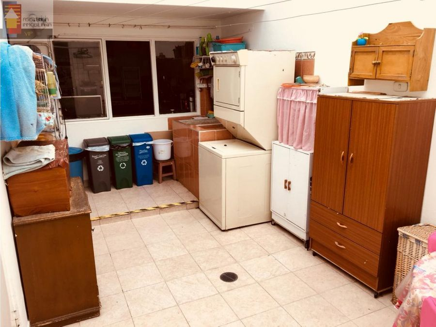 venta casa estoril zona las margaritas pasadena