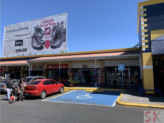 local comercial en renta en plaza san nicolas
