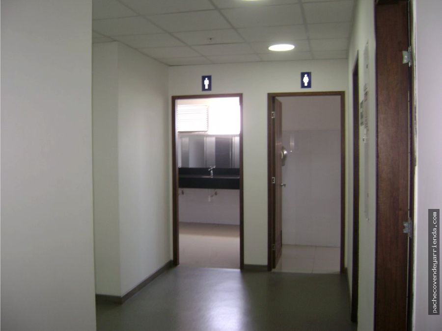 alquilo oficina 171 mts versalles norte cali401