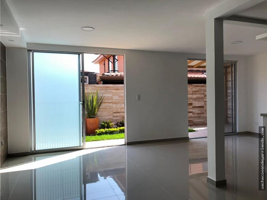 venta hermosa casa hacienda el castillo 2 pisos jamundial