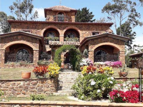 se vende espectacular villa campestre mesa de los santos santander