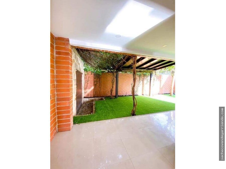 se vende hermosa casa condominio alferez ciudad jardin sur cali