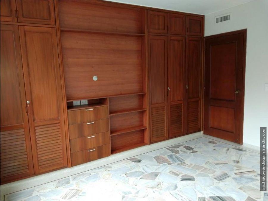 se vende amplio y hermoso apartamento en los cristales oeste cali