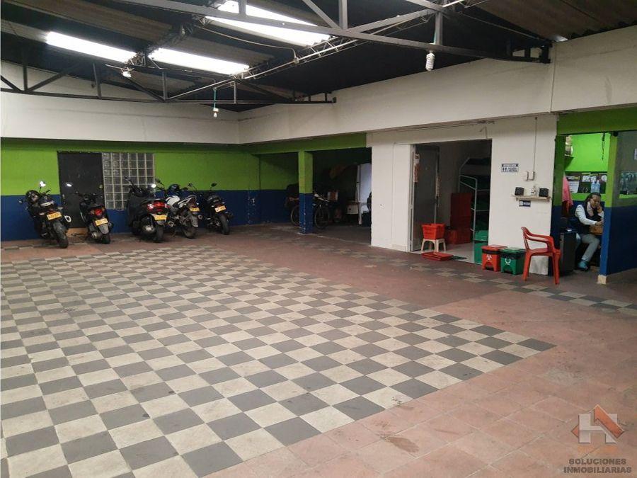 local comercial con parqueadero sector chico comercial