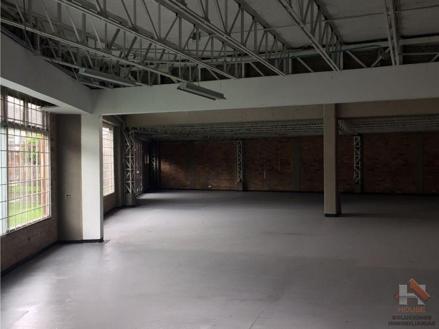 bodega en venta sector normandia parque industrial