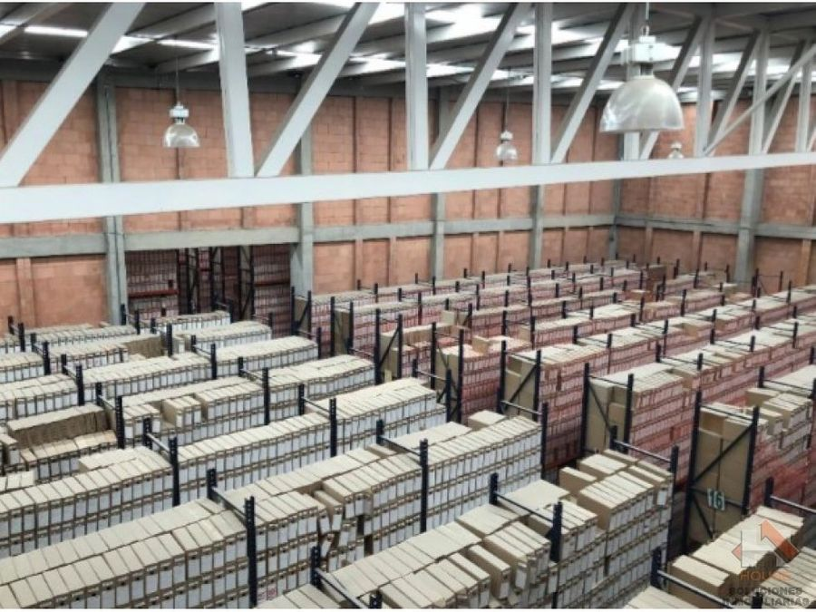 bodega en arriendo siberia parque industrial