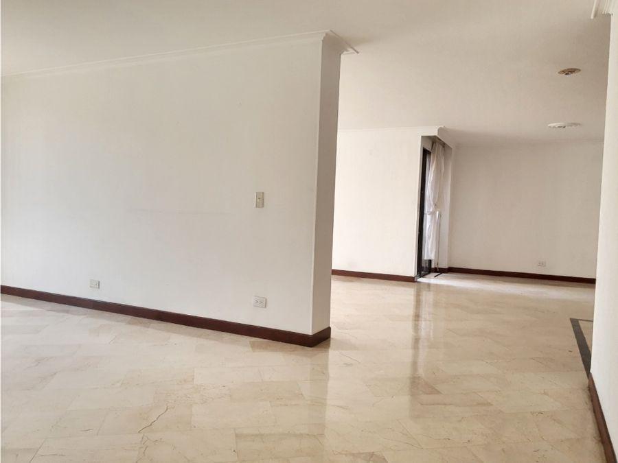 arriendo o vendo apartamento en laureles
