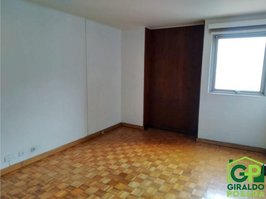 arriendo apartamento en el centro de medellin