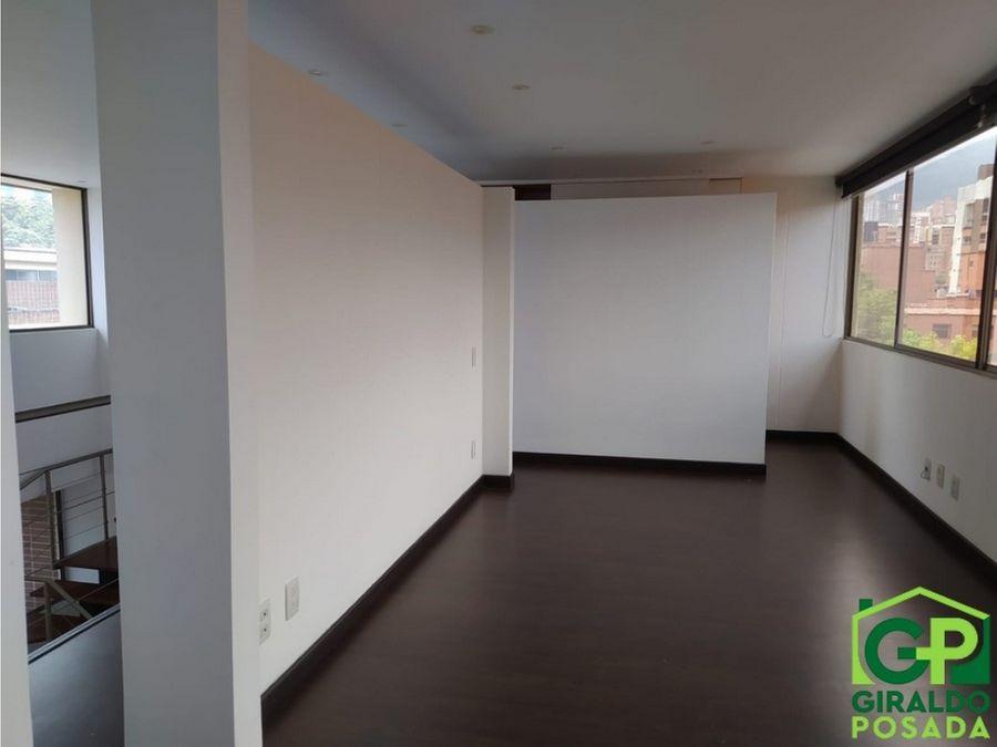 vendo hermoso apartamento duplex en envigado zuniga