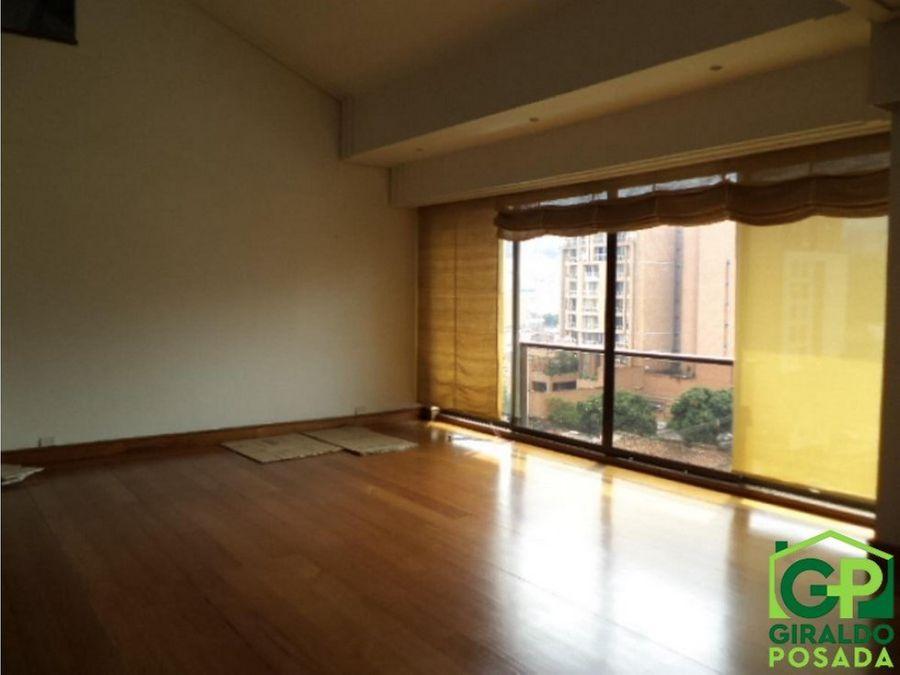 arriendo bonito apartamento duplex en poblado astorga