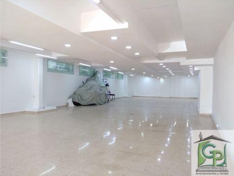 amplia oficina de 250 mt en poblado provenza