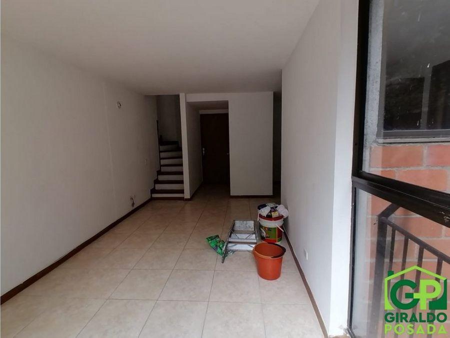 arriendo apartamento en el poblaod castropol